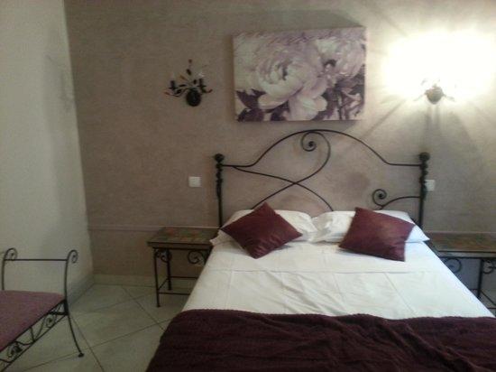 Royal Hôtel : chambre