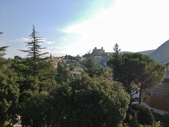 Albornoz Palace Hotel: Panorama dall'hotel