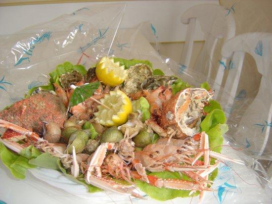 Pierre & Vacances Village Club Port-Bourgenay : enjoy a Carrefour (Talmont) Fruits de Mer-dish !