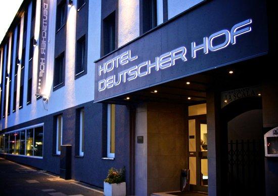 Deutscher Hof Hotel: Aussenansicht