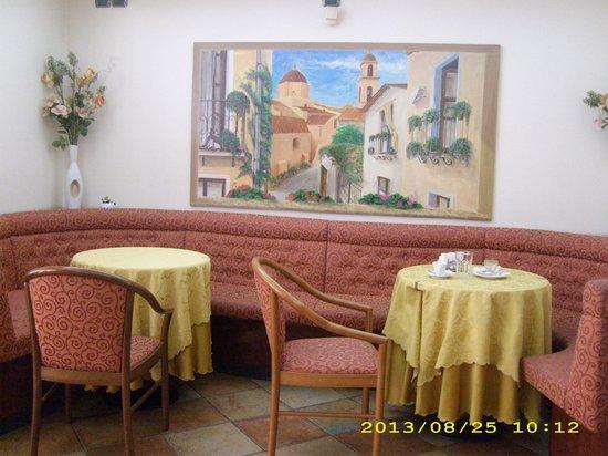 Ristorante il Drago Rosso: particolare interno caffetteria