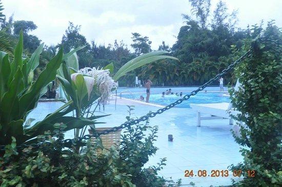 Thien Hai Son Resort: Thien Hai Son Swimming