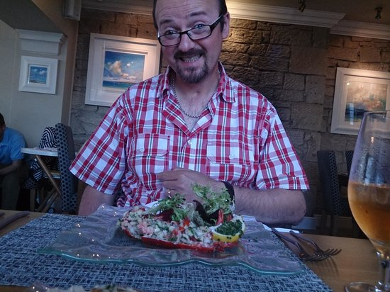 Mizen Head Hotel: cheal and his lobster!