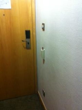 Mercure London Bridge: The Electricity Slot