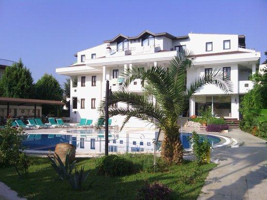Rosarium Hotel: nice pool
