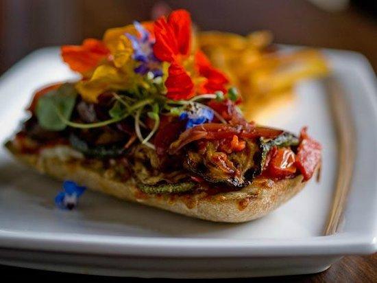 Michos: Veggie Sandwich