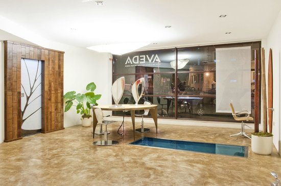 Aveda Hair & Beauty