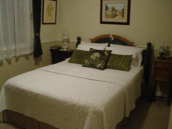 Mi Casa Su Casa : Extra cozy bedroom