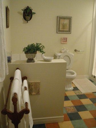 Mi Casa Su Casa : Cute bathroom