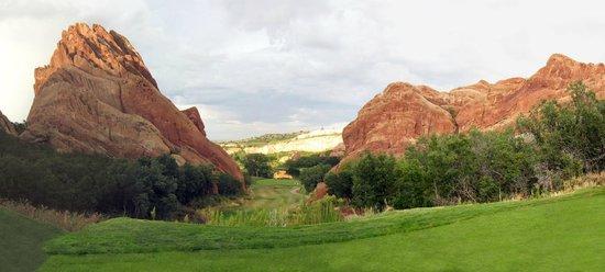 Arrowhead Golf Club: #13, signature hole at Arrowhead.  Had some mule deer down by the green too while we were hittin