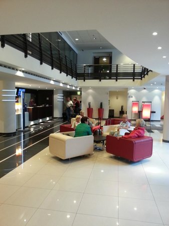 Novotel Luxembourg Centre : Lobby