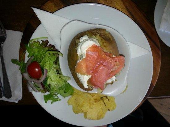 Heaven Scent: Salmon cheese baked potato