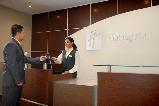 Holiday Inn Panama Canal: Reception