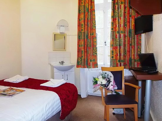 Victoria Station Hotel: Basic Room Facilities