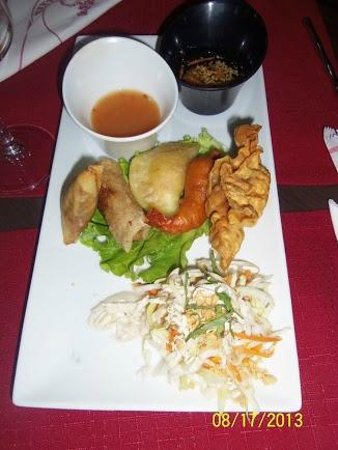 Restaurant La Baie d' Halong : appetizer for 2--but really enough for 1