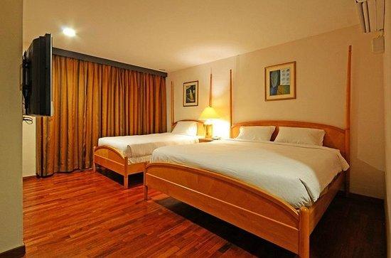 Oak Valley Hotel: Family Room