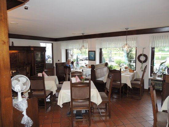 Gasthaus Moselblick: Het restaurant met vele bezoekers...