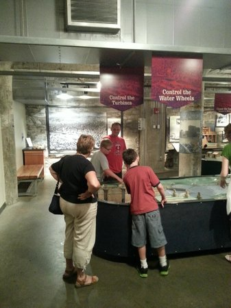 Mill City Museum: Water Exhibit