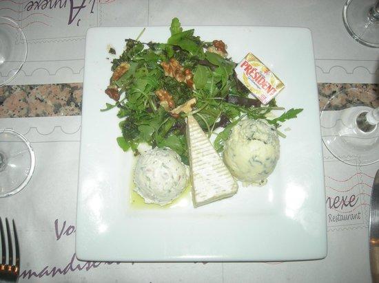 L'Annexe : assiette de fromage, brie, 2 bleus