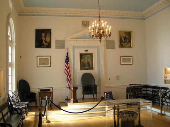 George Washington Masonic National Memorial: replica of colonial meeting hall
