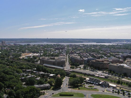 George Washington Masonic National Memorial: view of Alexandria from observation deck