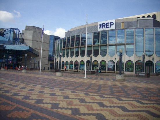 Centenary Square: THE BIRMINGHAM REP
