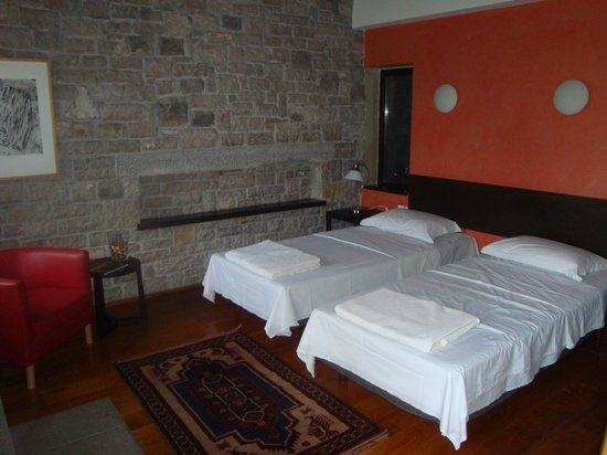 Room Interior Twin Beds A Little Narrow Picture Of Aristi Mountain Resort And Villas Aristi