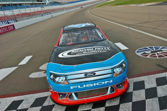 Richard Petty Driving Experience: Real life NASCAR racing thrills!