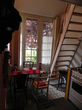 Le Chartil Des Arts : La sala da pranzo