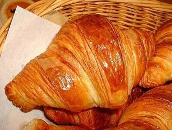 StayEasy Emnotweni: Croissant