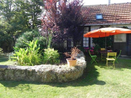 Le Chartil Des Arts : Il giardino