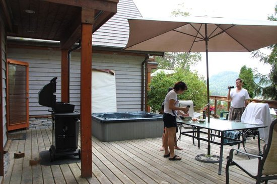 Sunshine Coast Resort Hotel & Marina : BBQ