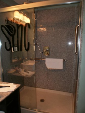 The Hotel SYNC: The awesome shower