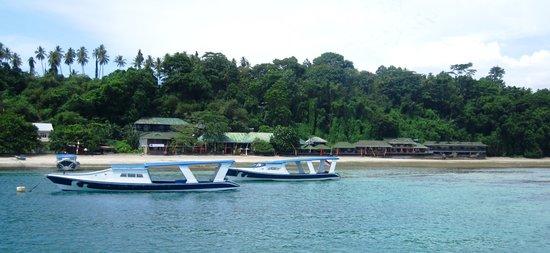 Bastianos Bunaken Dive Resort: Vista del resort
