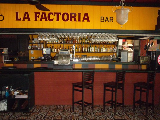 La factoria bar picture of bistro bar la factoria - La factoria del mueble ...
