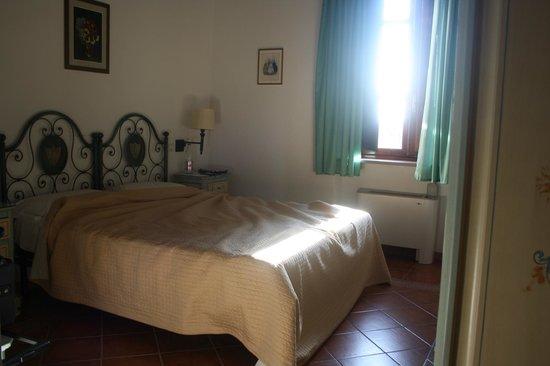 Hotel Villa Cheli : chambre