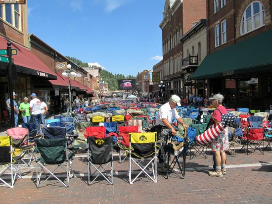 Deadwood Chamber of Commerce & Visitors Bureau: Kool DeadWood nites concerts