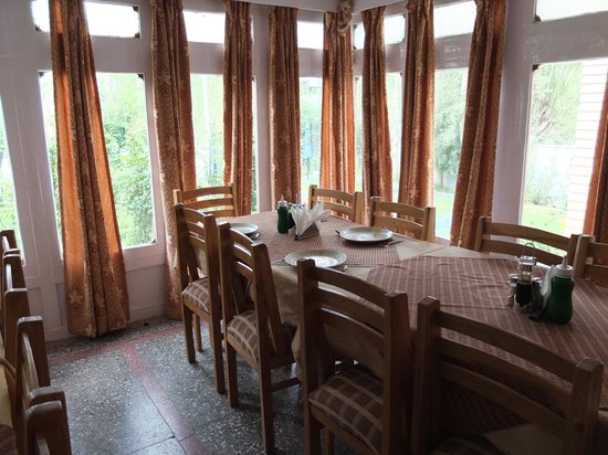 Hotel Ladakh Greens: dining room