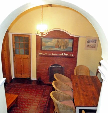 Amberley Travellers Lodge: Dining room
