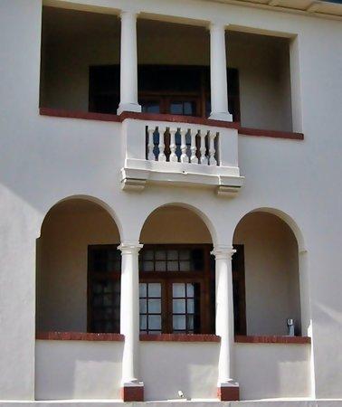 Amberley Travellers Lodge: balconies