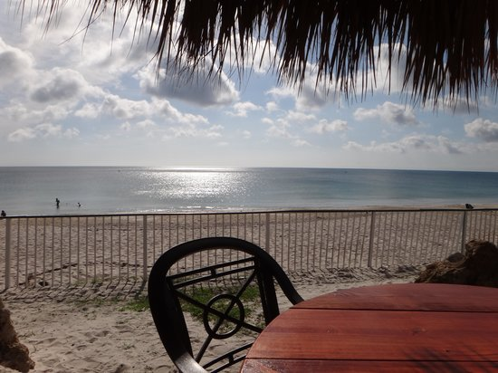 Holiday Inn Hotel & Suites Vero Beach - Oceanside : Beach View During Breakfast at the Hotel