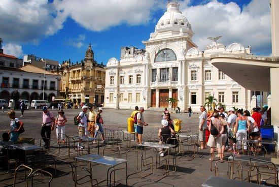 Bahia Metisse - Day Tours: place haut centre historique