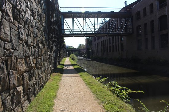 The River Inn: C&O Canal ride