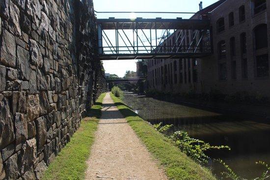 The River Inn: C&O Canal ride