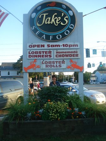 Jake's Seafood : The sign
