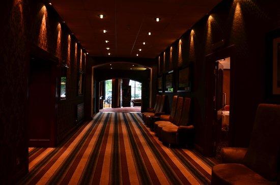 Park Avenue Hotel: Weg durchs Hotel