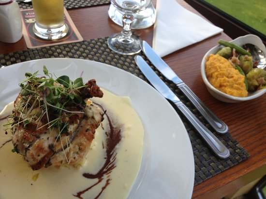 Westport Woods Hotel: Main meal - delicious!!!! Mouth watering ...