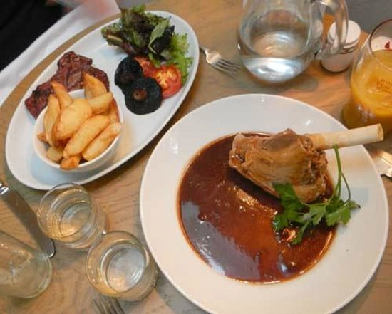 The Lord Crewe Hotel & Restaurant: mains
