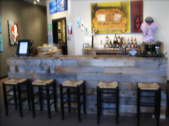 The White Buffalo : Bar Seating