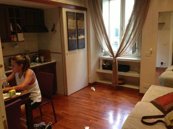 Campanella 3 : kitchen/living room